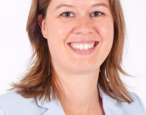 Esther van Hofwegen